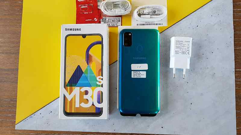 Unboxing galaxy m30s