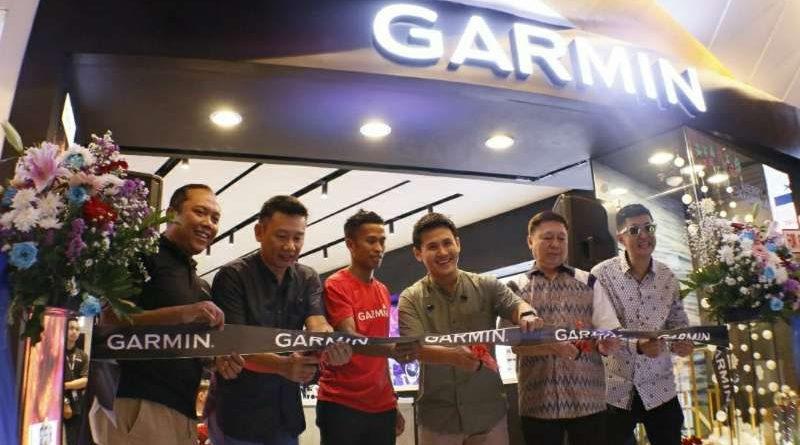 Garmin brand store