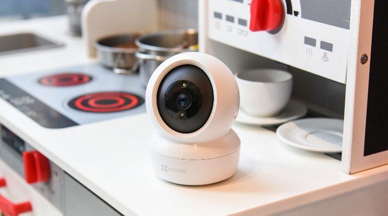 EZVIZ C6N, Indoor Smart Camera Kaya Fitur