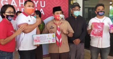 Smartfren Berbagi 1.000 Kuota NONSTOP Dukung SD di Banjarmasin