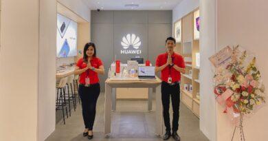 Huawei Resmikan High-End Experience Store di Plasa Marina, Surabaya